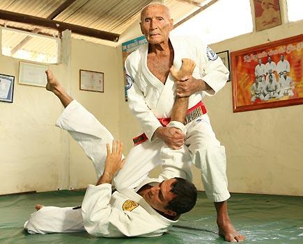 muay thai or brazilian jiu jitsu which to learn first